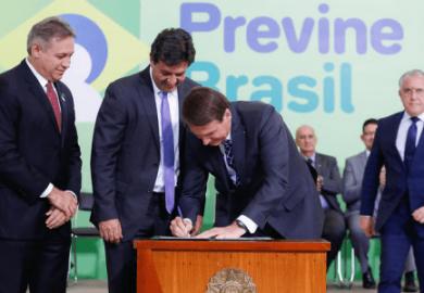 Municípios receberão R$ 401 milhões para cadastrar brasileiros no SUS